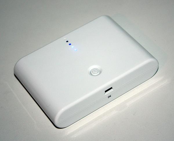 Универсальный внешний аккумулятор 12000 Mah