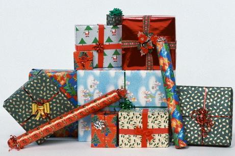 Что дарить на праздники
